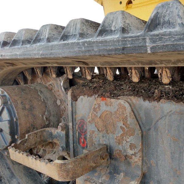 Bulldozer tread